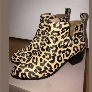NIB Franco Sarto Leopard Print Bootie 8.5